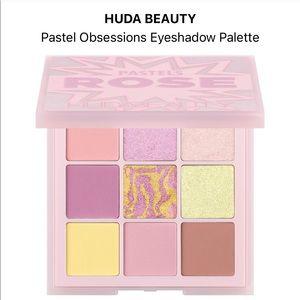 BNIB huda beauty pastel obsessions palette